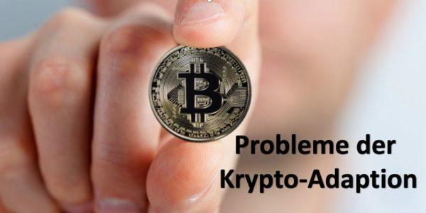 Jemand hält Bitcoin-Münze in der Hand