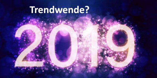 Die Jahreszahl 2019 auf schwarzem Hintergrund
