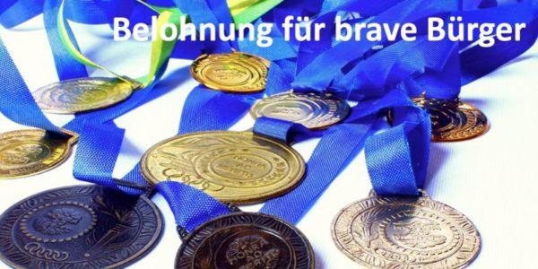 Medaillen mit einem blauen Band